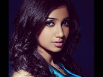 https://hindi.filmibeat.com/img/2016/07/shreya-12-1468319077.jpg