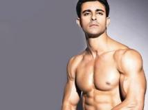 https://hindi.filmibeat.com/img/2016/08/gautam-25-1472101407.jpg