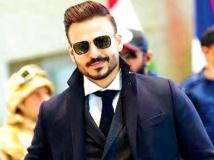https://hindi.filmibeat.com/img/2017/04/24vivek-oberoi-1-25-1493119249.jpg