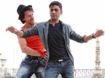http://hindi.filmibeat.com/img/2017/07/munnaj-1483445424-05-1499242300.jpg