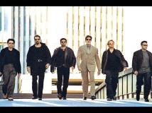 http://hindi.filmibeat.com/img/2017/08/untitled4-23-1458714677-28-1503915692.jpg
