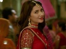 http://hindi.filmibeat.com/img/2017/12/8mahira-16-1513404362.jpg