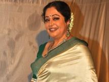 http://hindi.filmibeat.com/img/2017/12/kironkher-01-1512108351.jpg