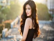http://hindi.filmibeat.com/img/2018/09/riysennn-1536121316.jpg