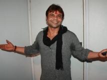 https://hindi.filmibeat.com/img/2018/10/28-1427535110-rajpal-yadav-1539231443.jpg
