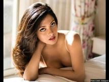 http://hindi.filmibeat.com/img/2019/03/senroya-1552103486.jpg