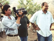 http://hindi.filmibeat.com/img/2019/12/ashutosh-swades-1576579167.jpg