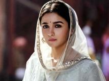 http://hindi.filmibeat.com/img/2020/03/-1583297825.jpg