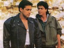http://hindi.filmibeat.com/img/2020/03/shahrukh-khan-ditched-ajay-devgn-karan-arjun-trivia-12-1578908479-1584770454.jpg