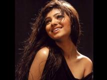 https://hindi.filmibeat.com/img/2020/04/ayes-1586492720.jpg