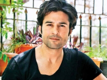 https://hindi.filmibeat.com/img/2020/04/rajeev-khandelwal-opens-up-on-casting-couch-was-molested-by-a-top-director-1586650943.jpg