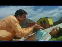 http://hindi.filmibeat.com/img/2020/05/andaaz4-1590239968.jpg