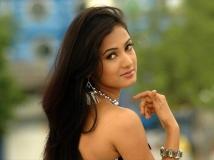 http://hindi.filmibeat.com/img/2020/06/1-1593250398.jpg