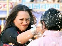 http://hindi.filmibeat.com/img/2020/06/yaha-1592813295.jpg