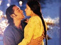 http://hindi.filmibeat.com/img/2020/07/kareeb-vidhu-vinod-chopra-bit-actress-neha-1595009848.jpg