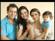 http://hindi.filmibeat.com/img/2020/07/palaktiwari2-1594460764.jpg