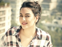 http://hindi.filmibeat.com/img/2020/08/1-1598076864.jpg
