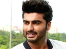http://hindi.filmibeat.com/img/2020/09/arjunkapoor-1600772227.jpg
