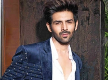 https://hindi.filmibeat.com/img/2020/10/kartikaaryan-1603203127.jpg