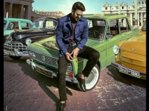 http://hindi.filmibeat.com/img/2020/10/radhe-shyam2-1603266739.jpg