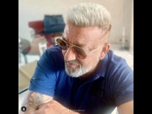 http://hindi.filmibeat.com/img/2020/10/sanjay-dutt-platinum-blond-look-will-surprise-you-1603995656.jpg