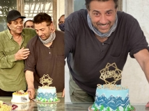 http://hindi.filmibeat.com/img/2020/10/sunny-deol6-1603164201.jpg