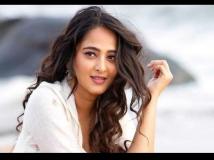 https://hindi.filmibeat.com/img/2020/11/anushkashetty-1604729275.jpg