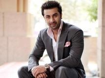http://hindi.filmibeat.com/img/2021/01/6-1610169108.jpg
