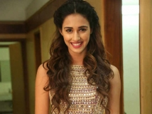 https://hindi.filmibeat.com/img/2021/01/disha-patani-16-1481883830-1611226977.jpg