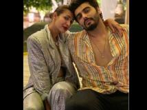 http://hindi.filmibeat.com/img/2021/01/malaikaarorasharepicwitharjunkapoor-1609489826.jpg
