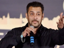 http://hindi.filmibeat.com/img/2021/01/salman-khan-brutally-reprimands-people-praying-at-mosques-pelting-stones-at-doctors-11-1586999411-1611399809.jpg