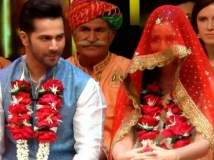 https://hindi.filmibeat.com/img/2021/01/varun-dhawan-natasha-dalal-wedding-details-1610673417.jpg
