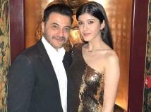 https://hindi.filmibeat.com/img/2021/03/19-1616562775.jpg