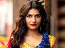 https://hindi.filmibeat.com/img/2021/03/fatima-sana-shaikh-corona-positive-1617036663.jpeg