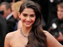 https://hindi.filmibeat.com/img/2021/05/2-1599194384-1621074338.jpg
