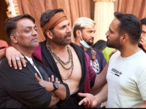 https://hindi.filmibeat.com/img/2021/05/ganesh-acharya-50th-birthday-2-1621870861.jpeg