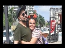 https://hindi.filmibeat.com/img/2021/05/mikarakhi11-1622088124.jpg