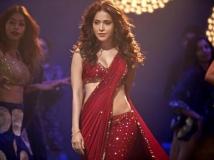 https://hindi.filmibeat.com/img/2021/05/nushrat-bharucha-upcoming-films-7-1621265115.jpg