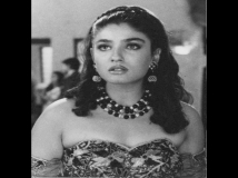 https://hindi.filmibeat.com/img/2021/05/ravtan1-1621670434.jpg