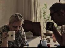 https://hindi.filmibeat.com/img/2021/06/boman-irani-mother-dies-9-1623254607.jpeg
