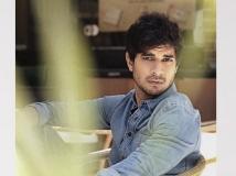 https://hindi.filmibeat.com/img/2021/06/capture149-1622715645.jpg
