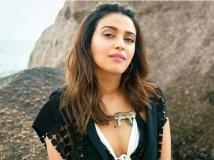 https://hindi.filmibeat.com/img/2021/06/swara01-15730209521-1623902522.jpg