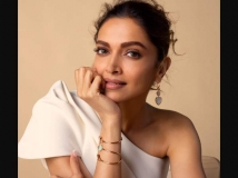 https://hindi.filmibeat.com/img/2021/07/deepika-padukone-pathan-1627292951.jpg
