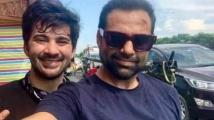 https://hindi.filmibeat.com/img/2021/08/karan-deol-abhay-deol-film-1627952515.jpeg