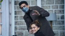 https://hindi.filmibeat.com/img/2021/09/taapsee-gulshan-1632396621.jpg