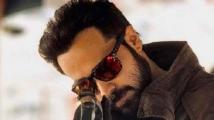https://hindi.filmibeat.com/img/2021/09/xemraan-hashmi-1626961768-jpg-pagespeed-ic-uyvuguxkvp-1630582607.jpg
