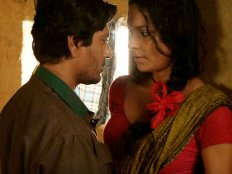 शाहरुख सलमान तो चले नहीं..अब सबसे ADULT फिल्म से काम चला लीजिए !