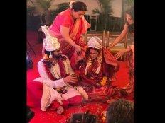 First Pic..रिया सेन की शादी की पहली तस्वीर..बेहद खूबसूरत लग रहीं एक्ट्रेस
