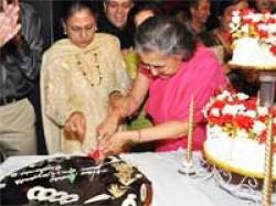 Shammi Aunty Turns 80 With Grand Bash