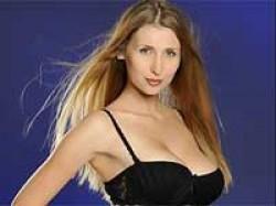 Claudia Impresses Abhishek Bachchan